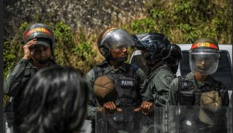 Colombia protesta ante Venezuela por incursión de militares