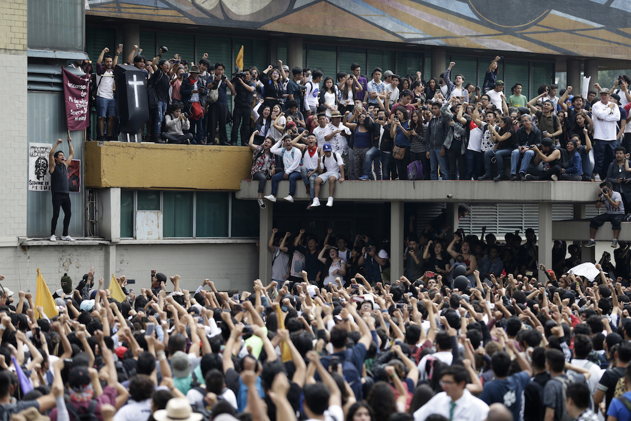 Marcha-CU-Paro-UNAM-Estudiantes-Fotos