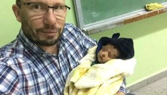 bebé, profesor, física, cuidados familiares