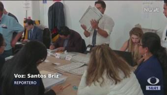 Realizan conteo de votos de elección en Puebla