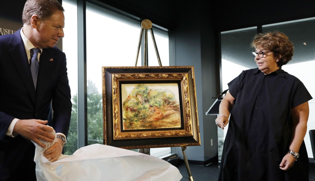 FBI recupera Renoir robado por nazis de bóveda del Banco de París