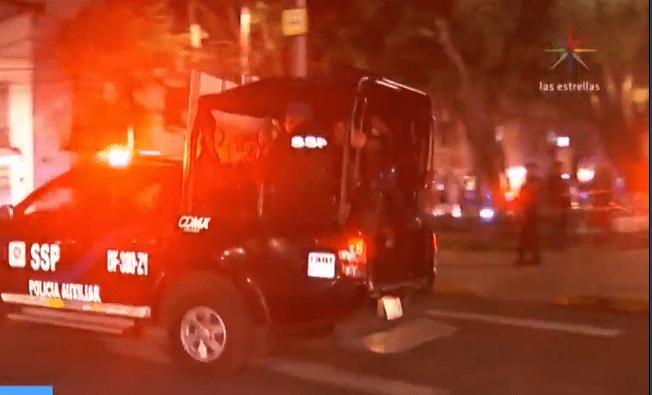 Robo, persecución y balacera terminan con arresto en CDMX