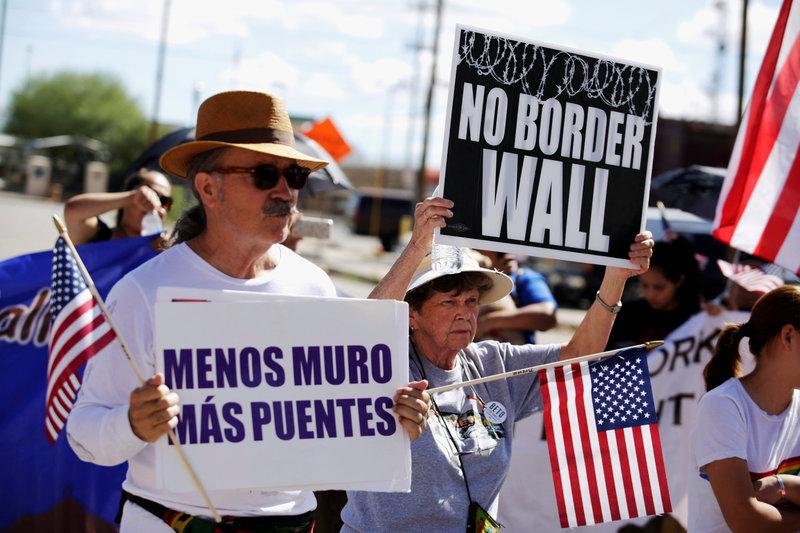 protestan construccion muro fronterizo paso texas