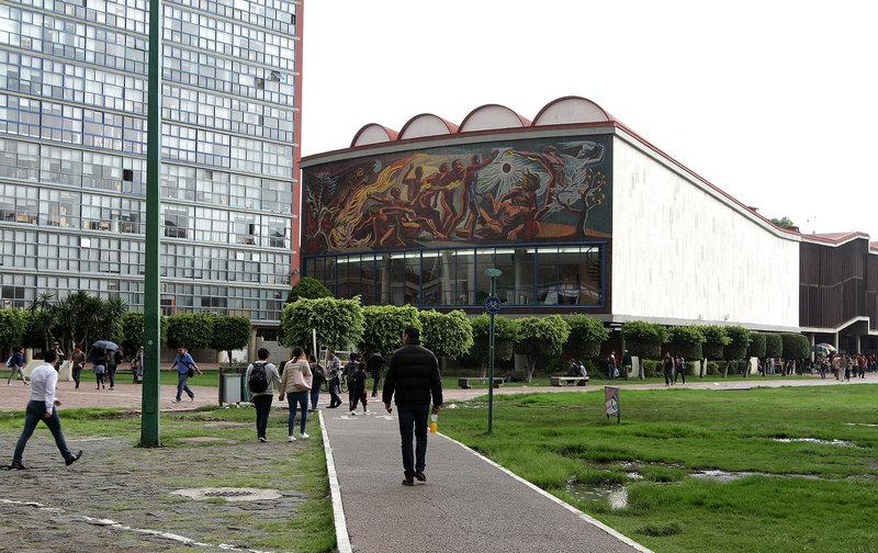 Trabajo Social y Filosofía y Letras reanudan actividades