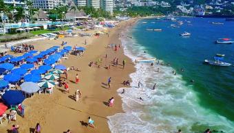 turistas puerto acapulco fiestas patrias grito