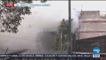 incendio colonia Doctores CDMX Ciudad de México tarde de este jueves inmueble almacenan llantas