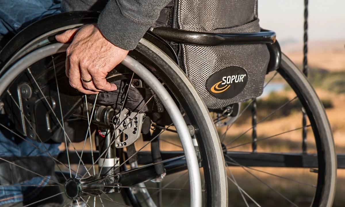 Pacientes-Paraplejicos-Implante-Caminar-Electrodos