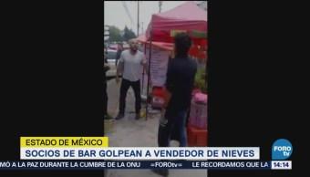 Socios de bar golpean a vendedor de nieves en Edomex