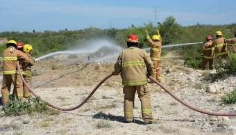 Toma clandestina en Guanajuato provoca fuga de gasolina