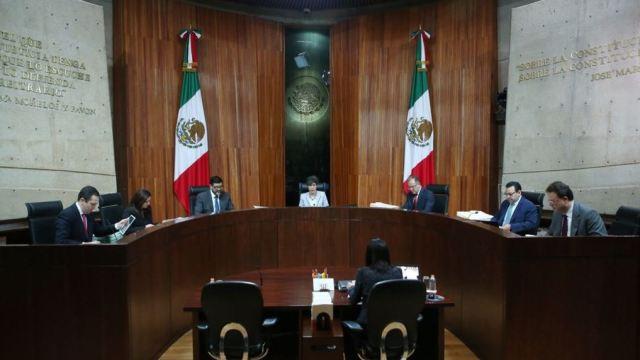 tribunal federal electoral revoca multa morena fideicomiso damnificados