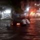 Tromba en Acapulco inunda Costera Miguel Alemán