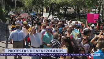 Venezolanos protestan frente a restaurante de Nusret Gökce