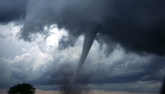 video-tornado-ottawa-canada-arrasa-todo