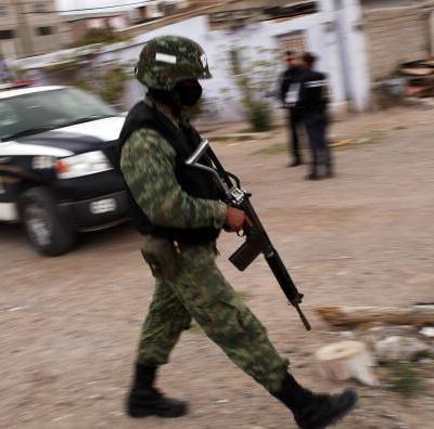 Detienen a 10 presuntos sicarios en Ciudad Juárez, Chihuahua