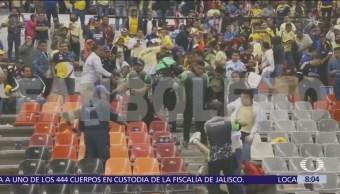 Violencia en estadios de futbol y seguidores recurrente
