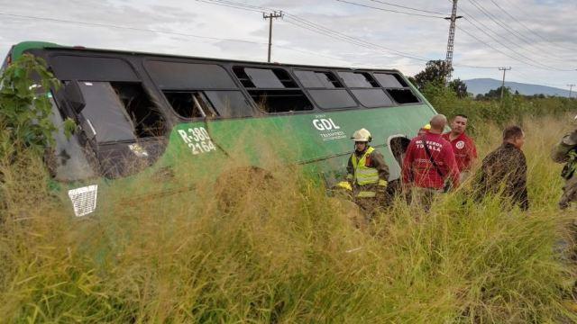 Volcadura de camión en Tonalá deja 25 heridos