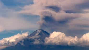 Volcán Popocatépetl hoy registra dos explosiones