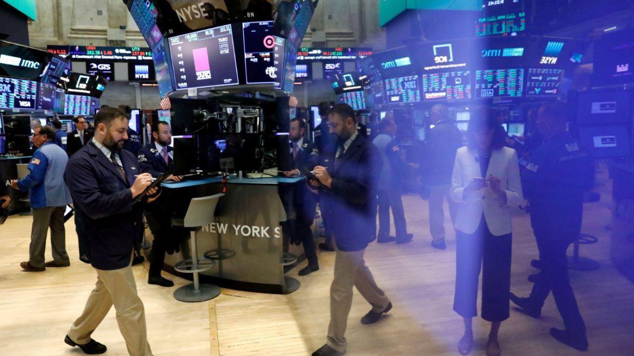Wall Street al alza, Dow Jones y S&P operan en récord