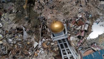 Papa dona 100 mil dólares para afectados de Indonesia