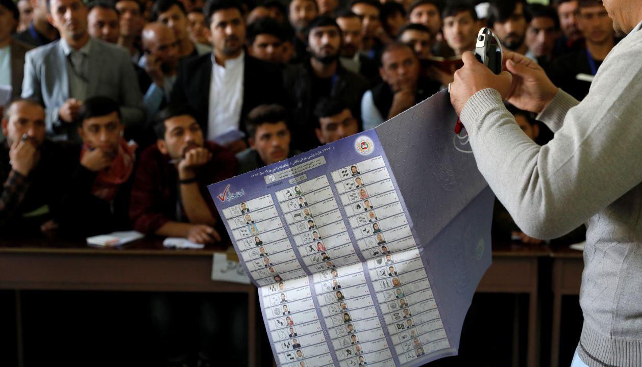 elecciones afganistan afganos vuelven urnas apertura parcial centros electorales