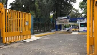 Alumnos del CCH Azcapotzalco quitan barricadas