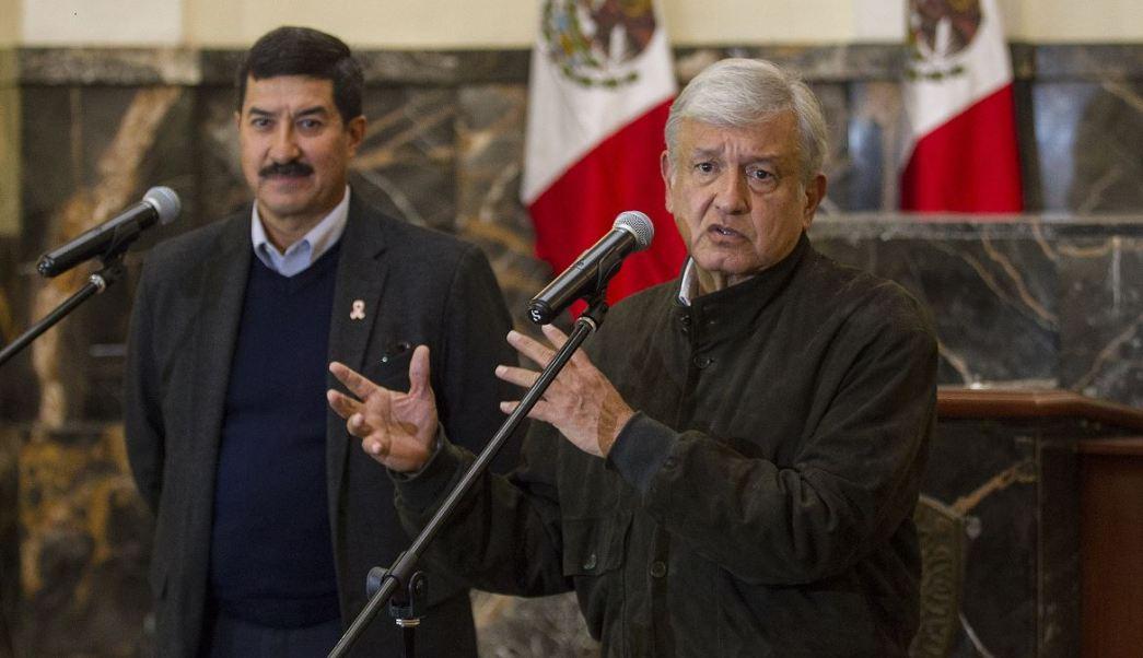 AMLO pide dar refugio a los migrantes hondureños que buscan entrar a México