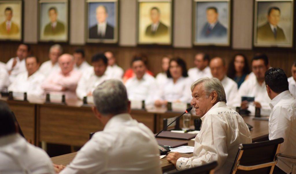 México puede superar el 2% de crecimiento económico: AMLO