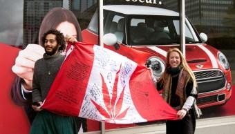 Canadá, primer país industrializado con marihuana legal