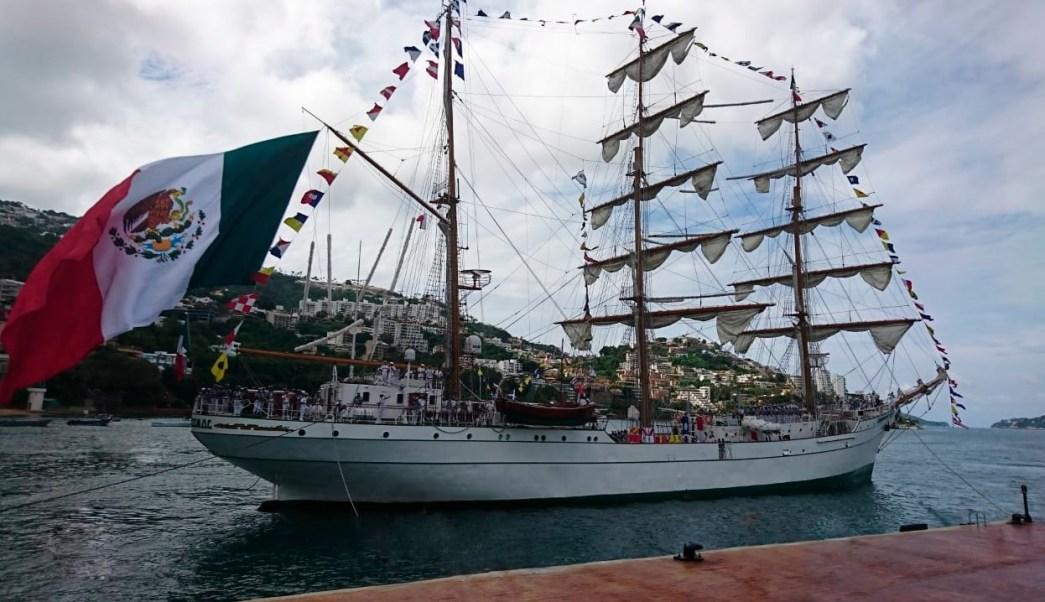 Buque Escuela 'Cuauhtémoc regresa al puerto de Acapulco