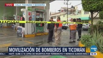 Cae rayo en respiradero de una gasolinera en Ticomán