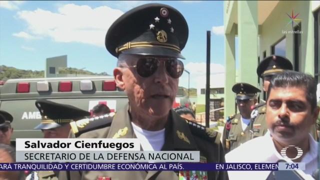 Cienfuegos considera legalizar amapola como alternativa