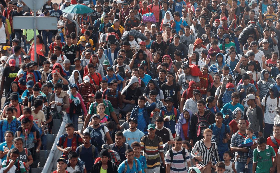 Más de 7.000 personas viajan en caravana migrante, según ONU