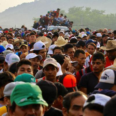 Policía Federal reabre paso a Caravana Migrante rumbo a Oaxaca