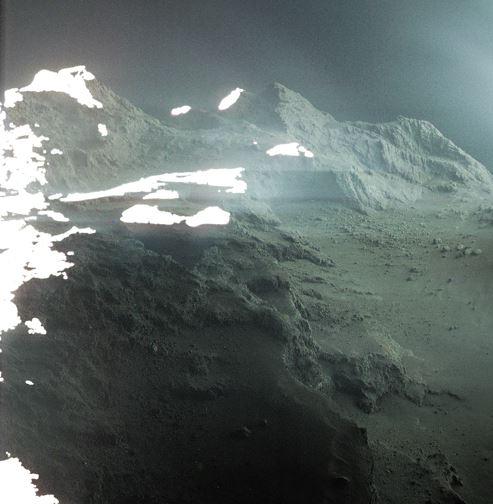 ESA da a conocer fotografía de cometa captada por Rosetta