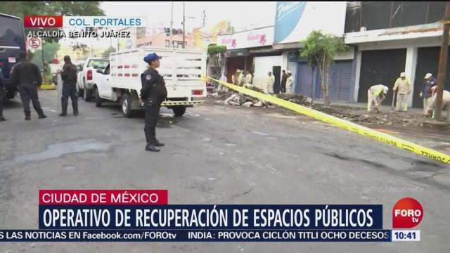 Continúa operativo de retiro de ambulantes en Portales