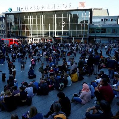 Desalojan estación de tren en Alemania por toma de rehenes; hay un detenido