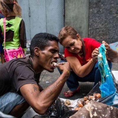 Empresas compran despensas para revenderlas en Venezuela