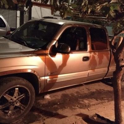 Detienen a un hombre con drogas y un arma en Monterrey, NL