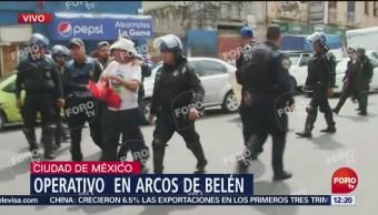 Detienen a presuntos delincuentes en Arcos de Belén, CDMX