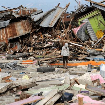 Indonesia confirma 1571 muertos por sismos y tsunami
