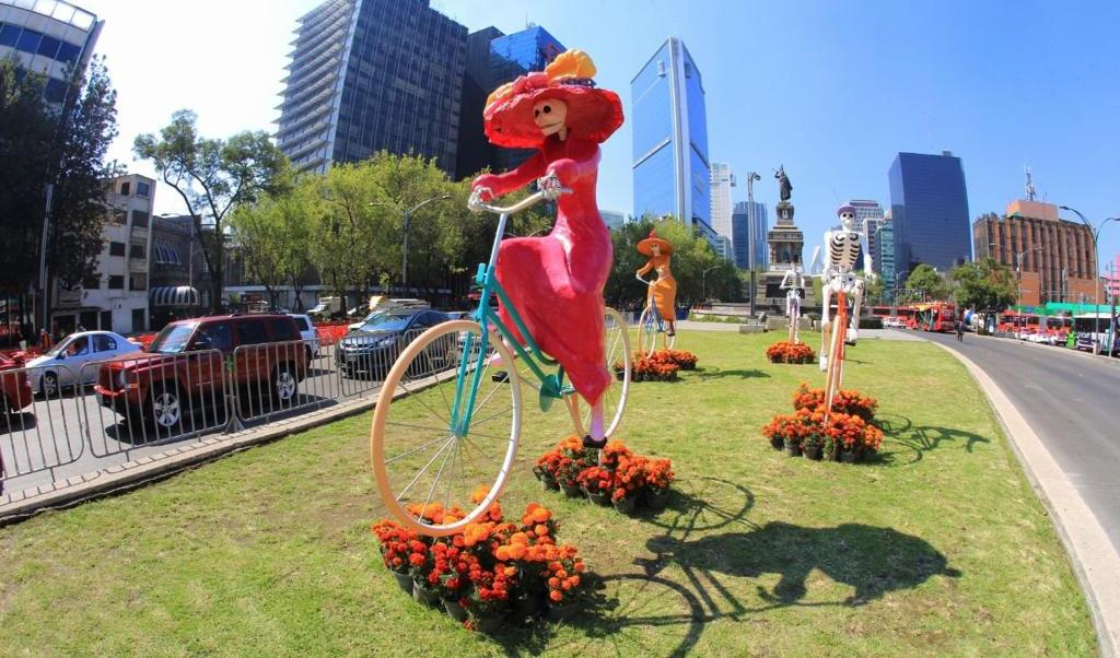 Realizarán paseo nocturno en bicicleta de Día de Muertos