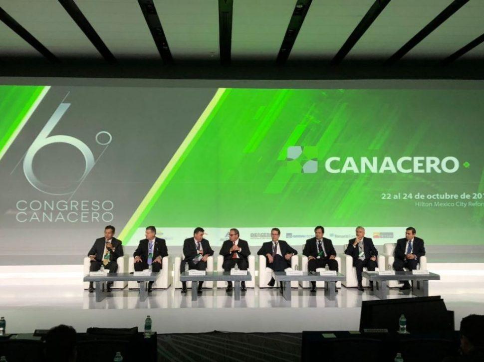 Directores de la Industria Siderúrgica Mexicana debaten sobre los retos que enfrenta el sector en el Sexto Congreso de la Canacero