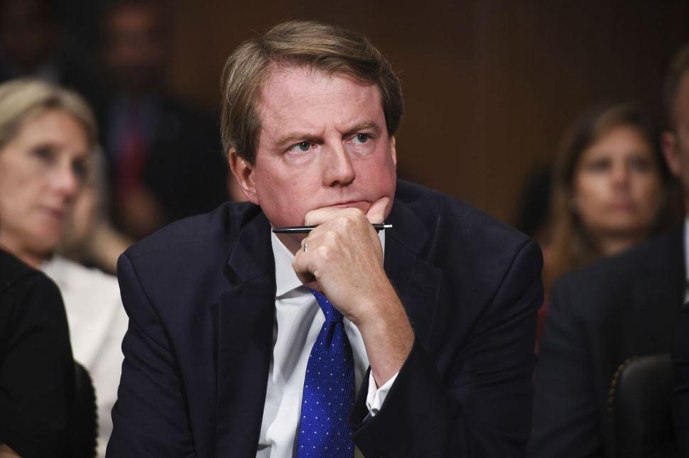 Casa Blanca anuncia contratación de nuevo abogado de Trump