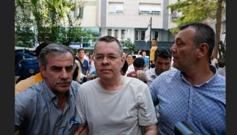 Turquía libera al misionero estadounidense Andrew Brunson