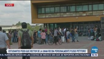 Estudiantes piden que rector UNAM reciba pliego petitorio