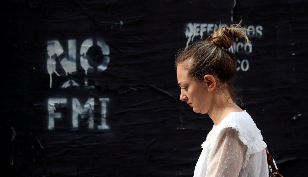 FMI aprueba préstamo de emergencia para Argentina