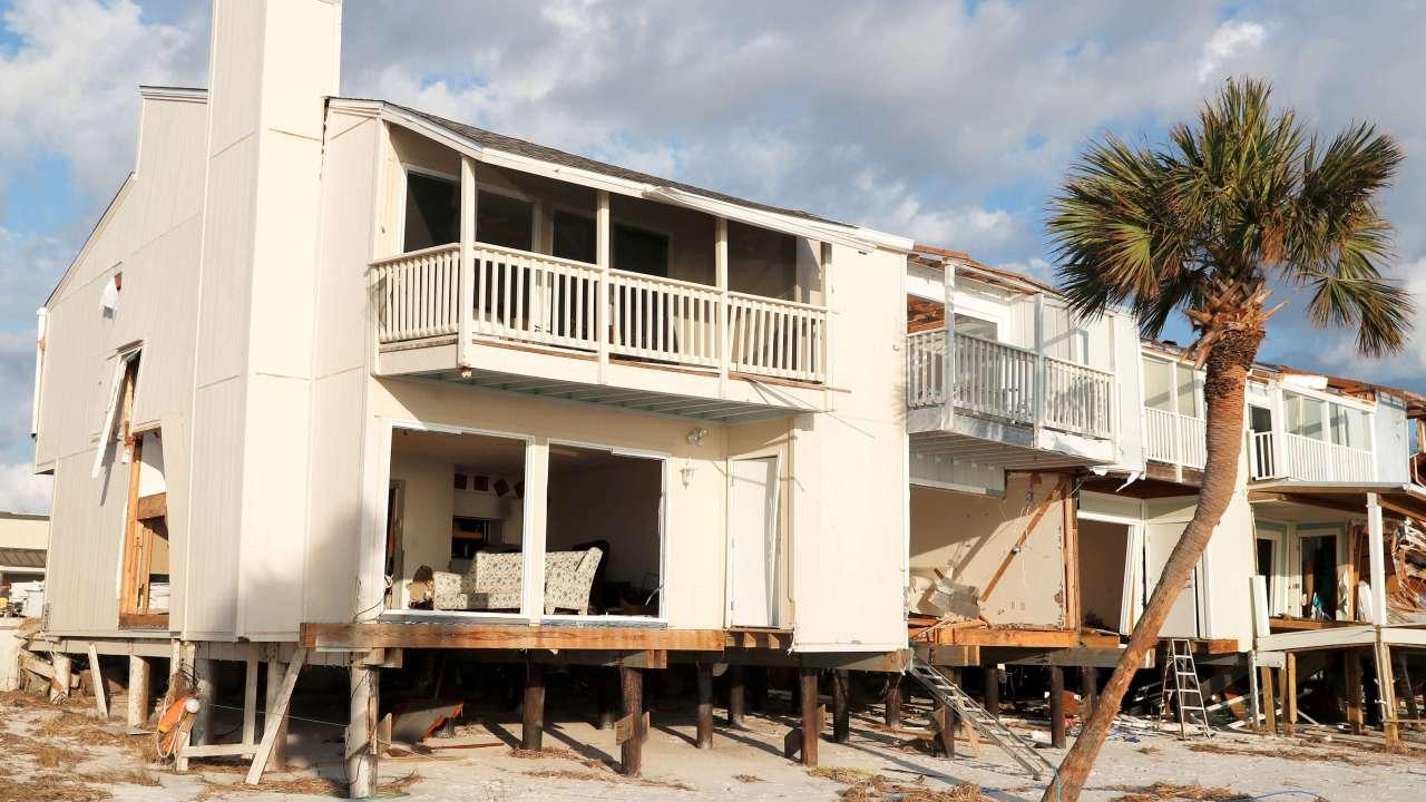 Van 34 muertos en Estados Unidos por huracán Michael