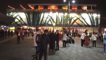 Músicos de Garibaldi piden a los turistas visitar la plaza