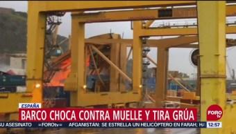 Grúa estuvo a punto de caer encima de trabajadores en Barcelona