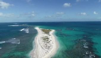 Isla de Hawaii desaparece tras el paso de un potente huracán